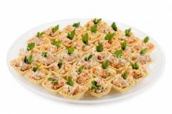 Тарталетки с селедочным салатом - 18 штук