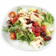 Листовой салат с моцареллой