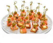 Семга с адыгейским сыром и оливками, 20 шт