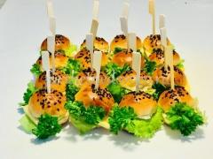 Мини бургеры с соусом тереяки - 12 шт.
