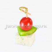 Канапе с брынзой перцем и помидором черри