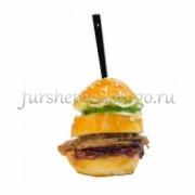 Мини-сендвич с ростбифом и карамелизированным луком